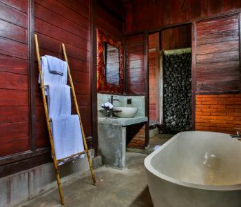 Kayangan Ubud Villa Bathroom