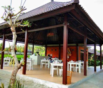 Front Restaurant 2